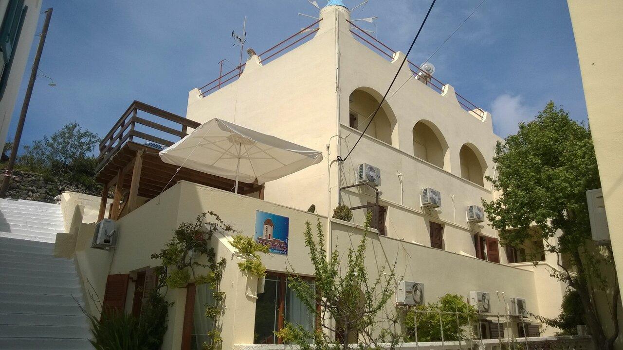 Anemomilos Villa (fira)