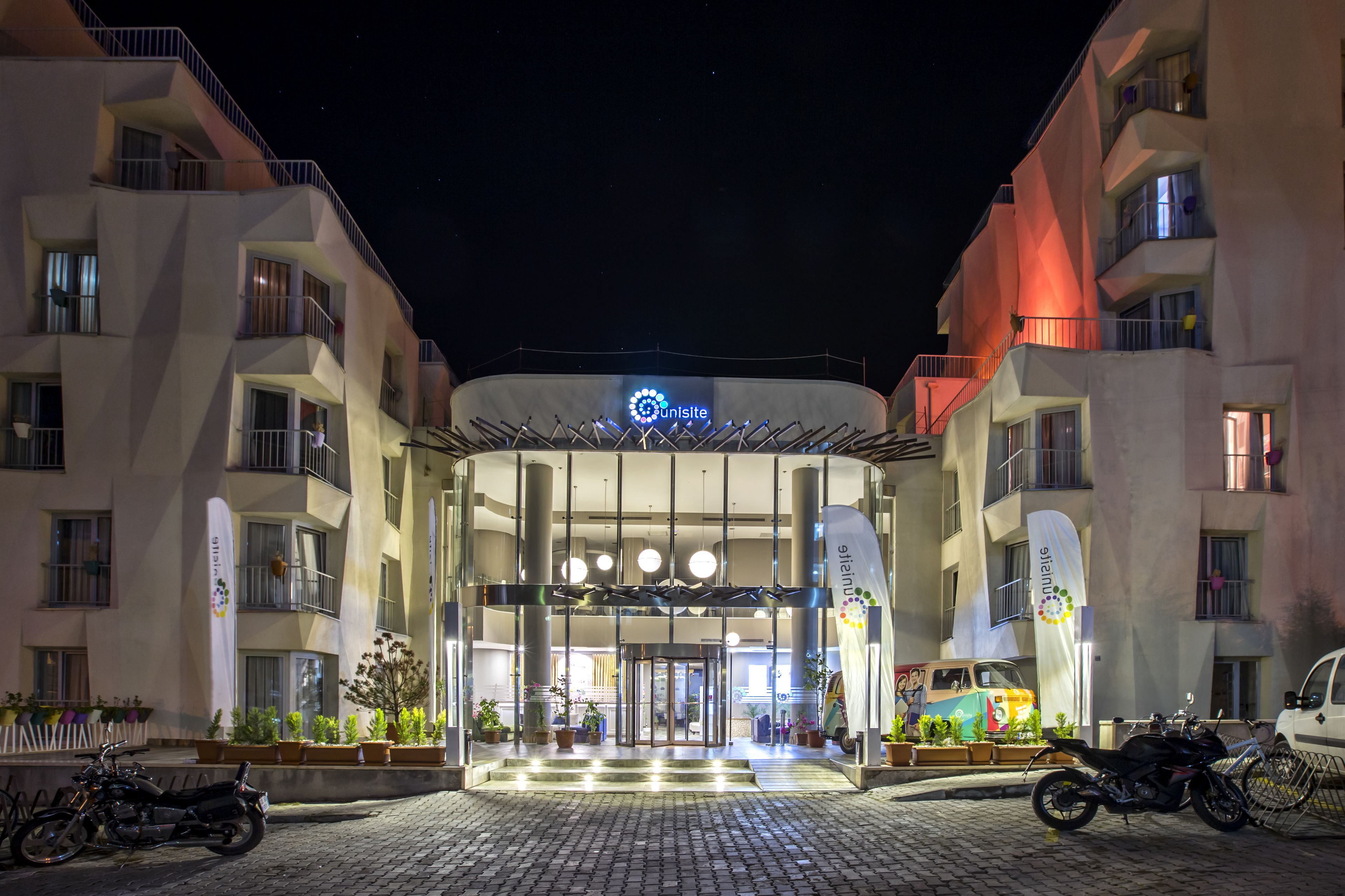 Unisite Apart Otel