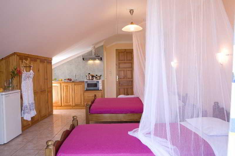 Pansion Filoxenia Apartments Studios