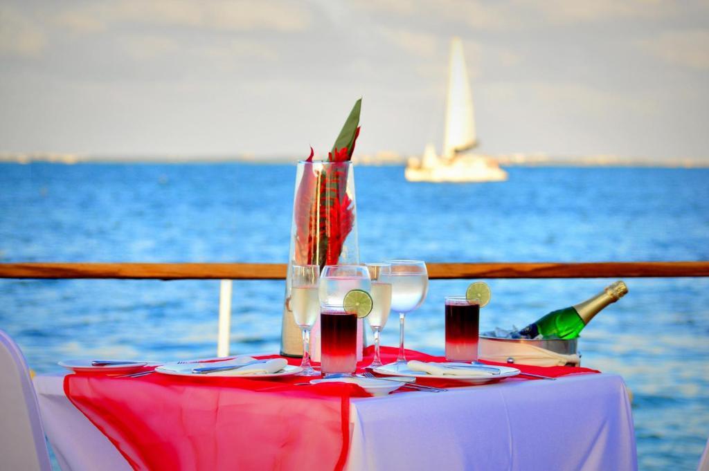 Cancun Bay Resort