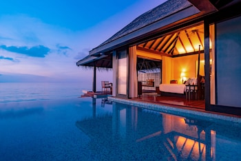 Anantara Kihavah Villas Resort