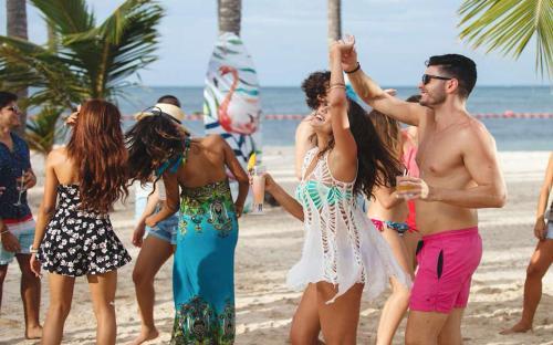 Fiesta Sol Caribe Beach Club Resort