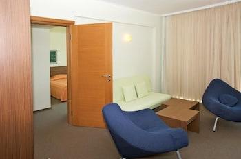 HOTEL JERAVI