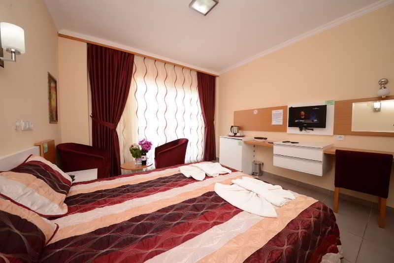 Samira Resort Hotel And Apartments
