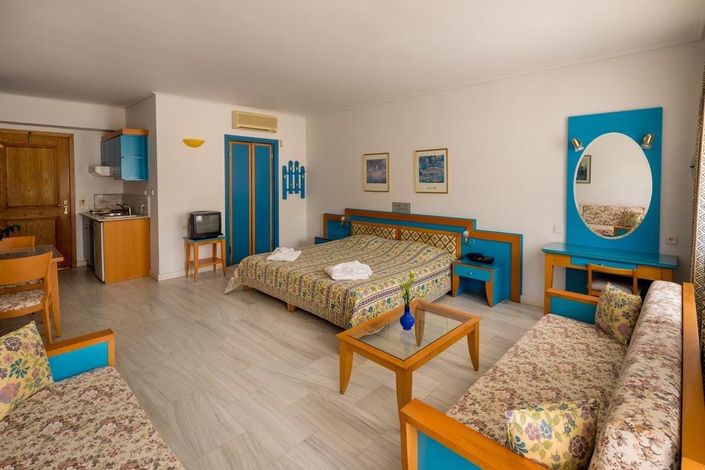 Ilianthos Village (K)