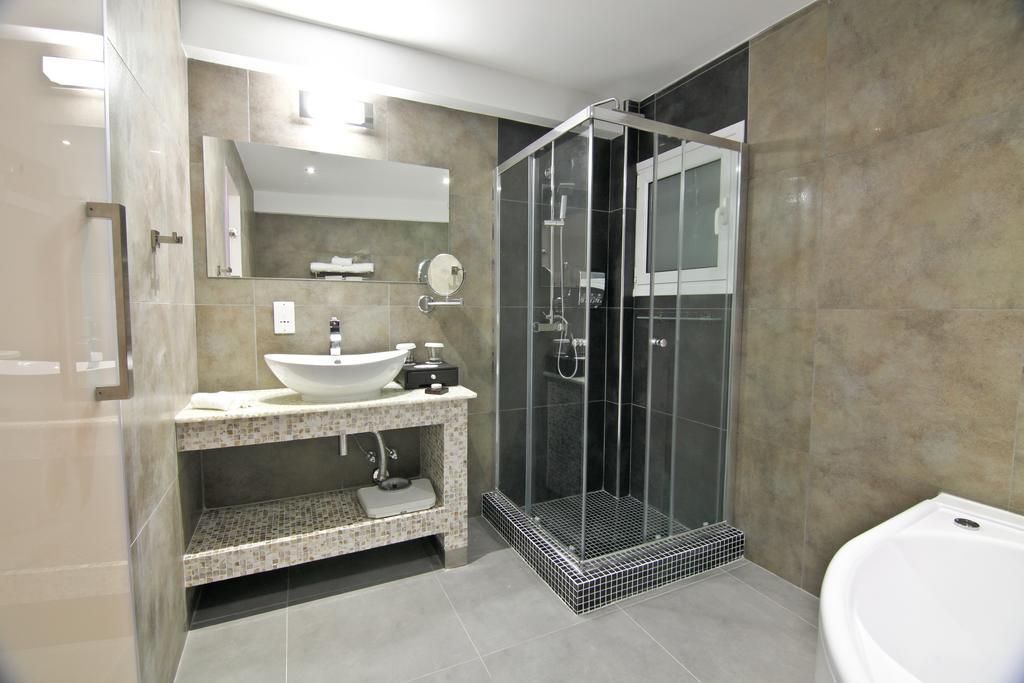 ACHILLEOS BOUTIQUE HOTEL