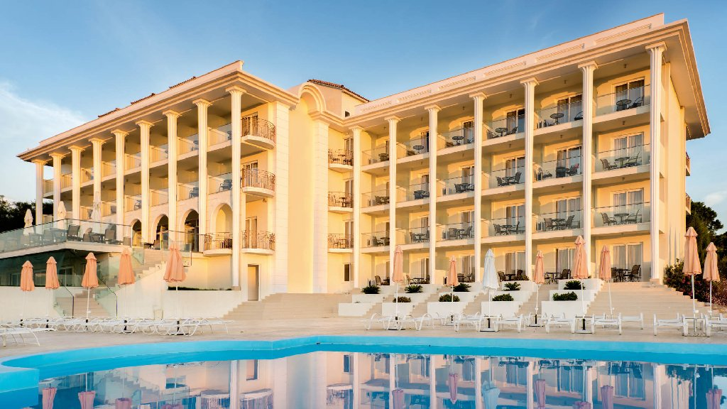 Avalon (Adults Only, + 18 ani) (Zante Town)
