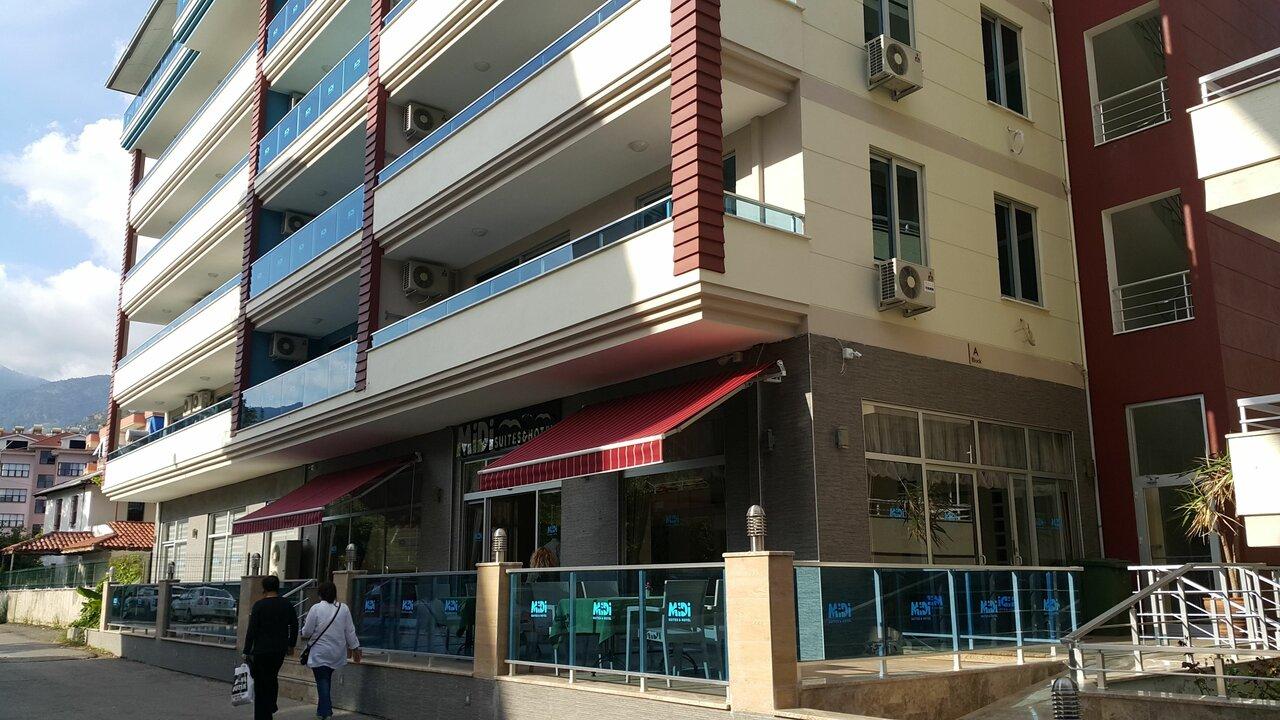 Midi Suites & Hotel