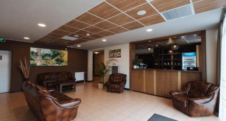 Areo Hotel & Restaurant