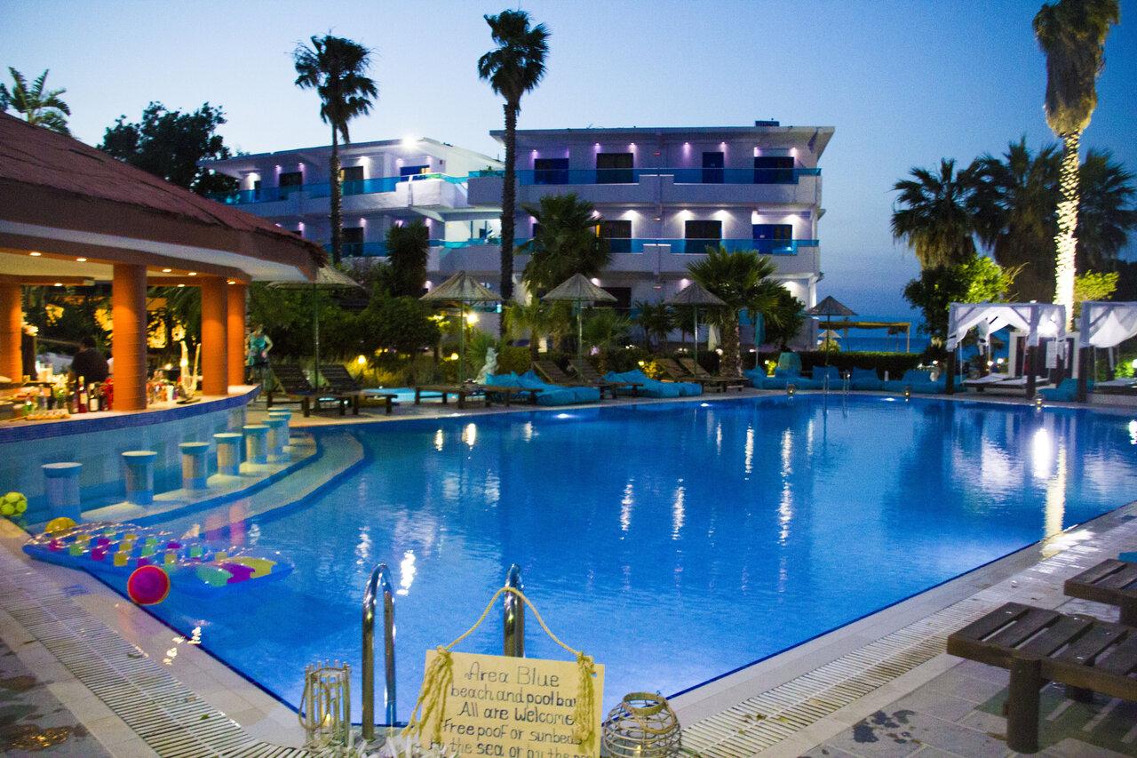 Area Blue Hotel