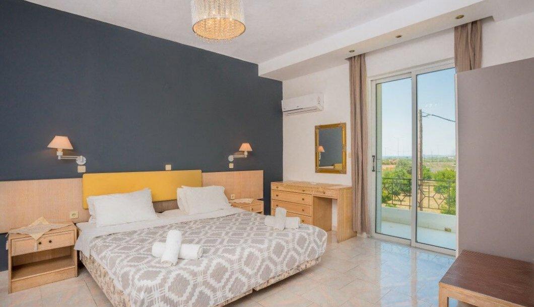 Evas Apartments