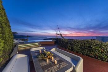 Oia Sunset Villas