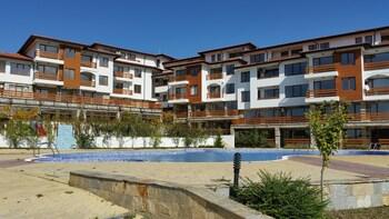 FESTA GARDENIA HILLS