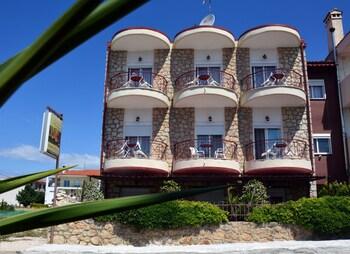 Giorgio Apartments