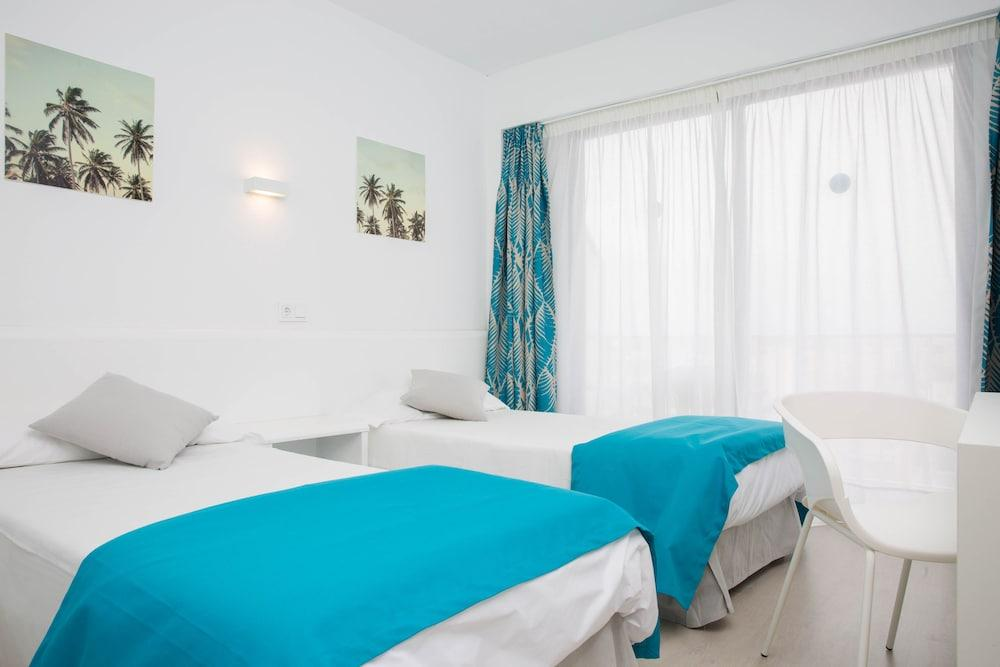 Blue Sea Arenal Tower - Adults Only -