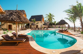 Clove Island Villas And Spa
