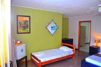 Albizia Lodge Green Estate