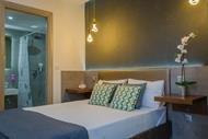 Ester Luxury Rooms (Chryssi Akti)