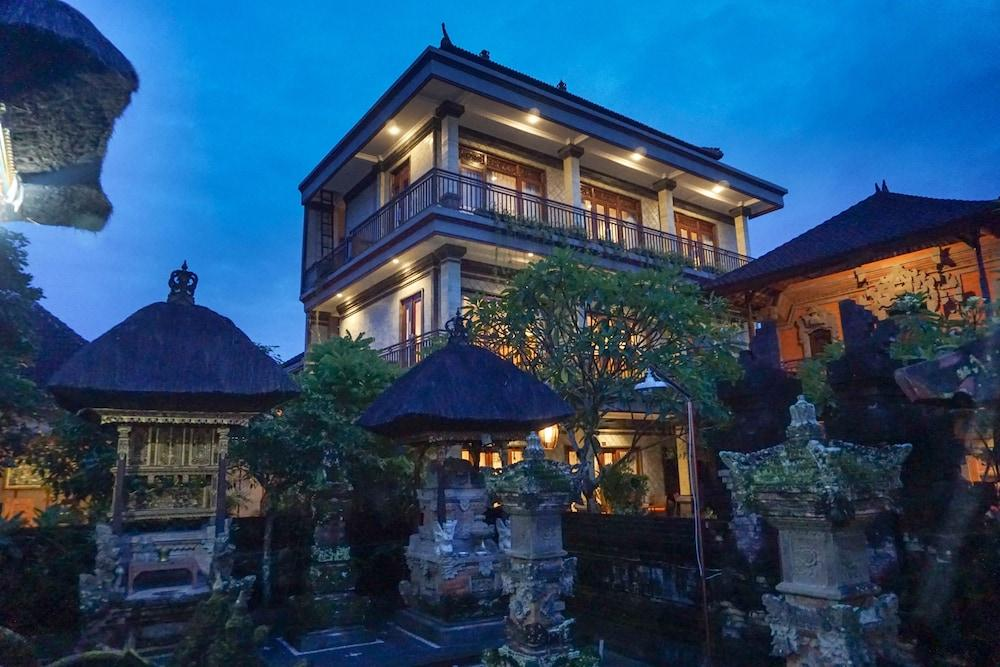 Three Brothers Guest House