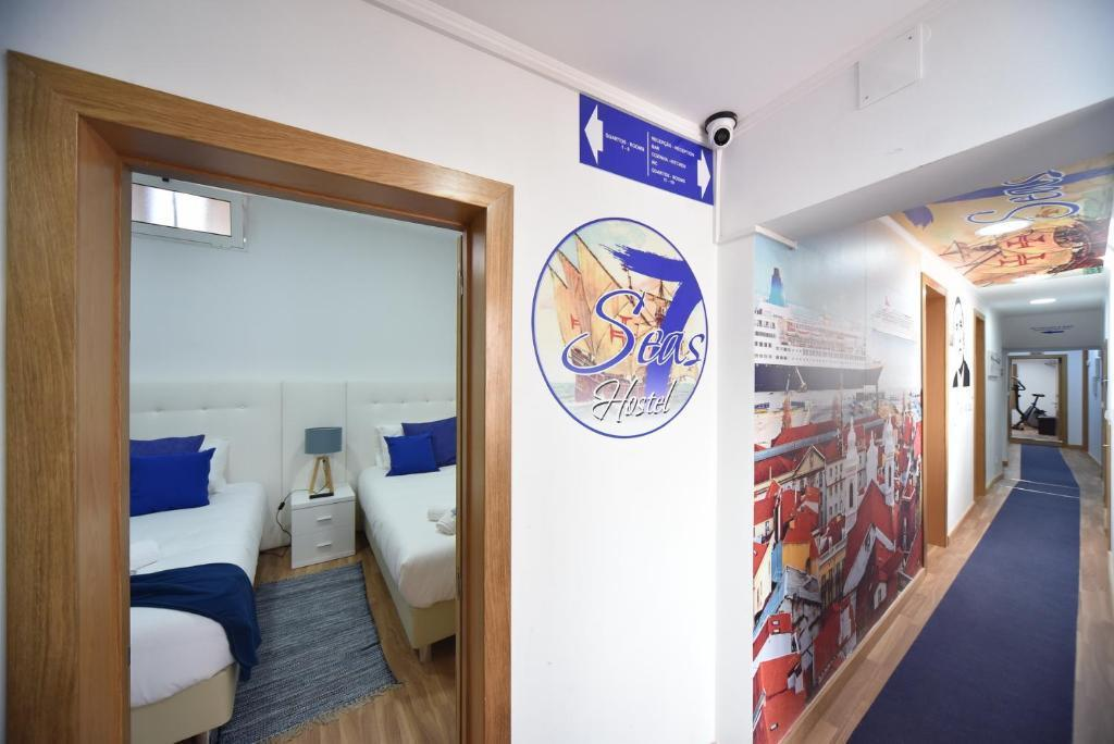7 Seas Hostel