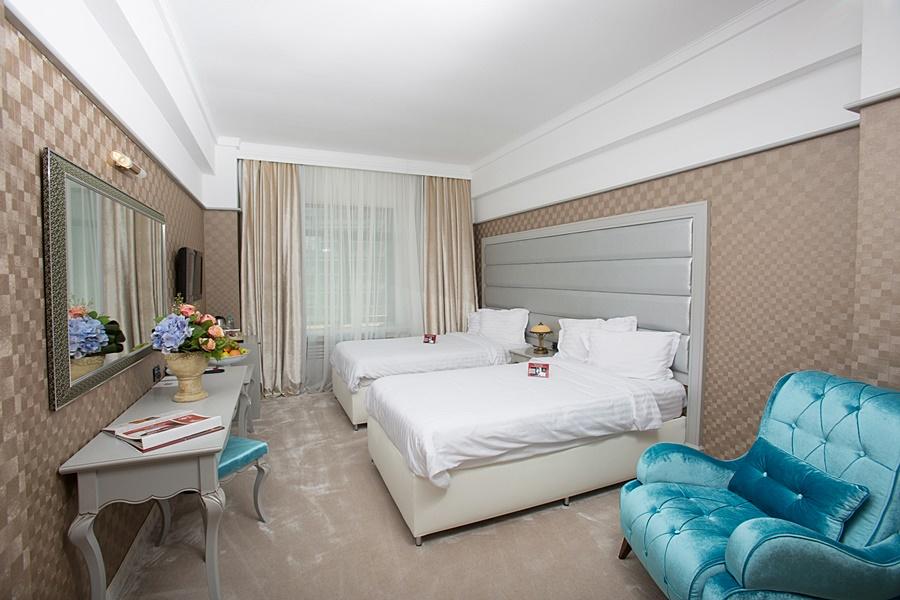 Phoenicia Grand Hotel 4*