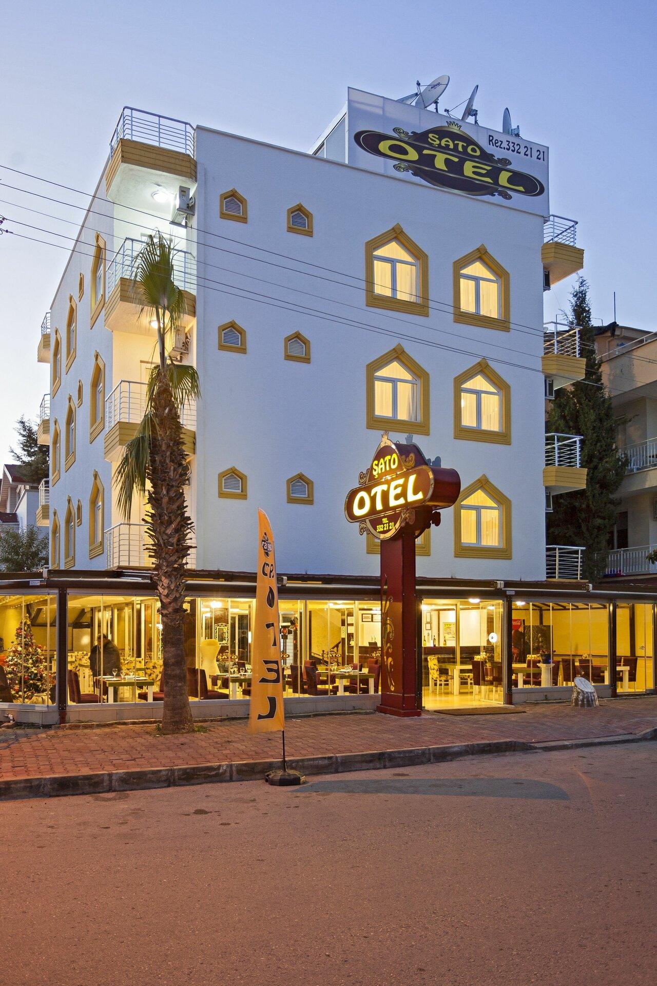 Sato Hotel Lara