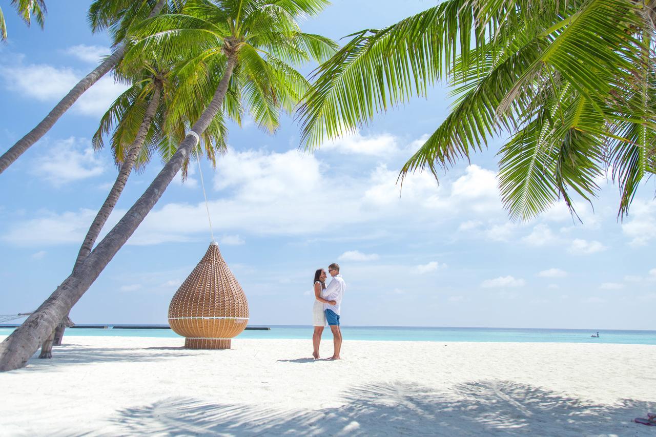 Veligandu Island Resort