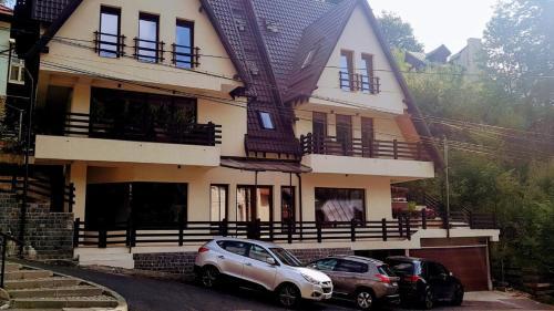 Casa Varful Cu Dor