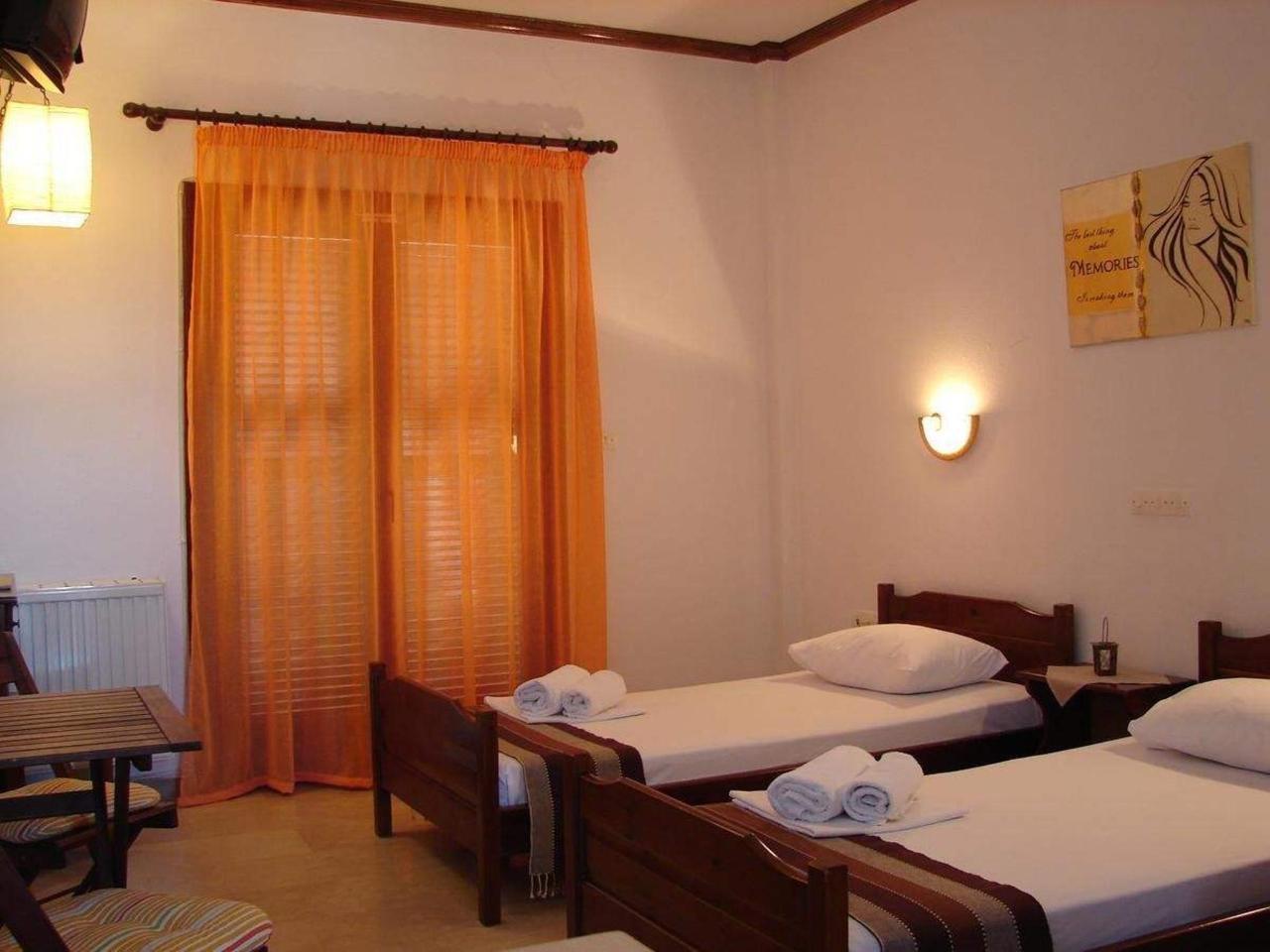 Alexandra Hotel - Nea Roda