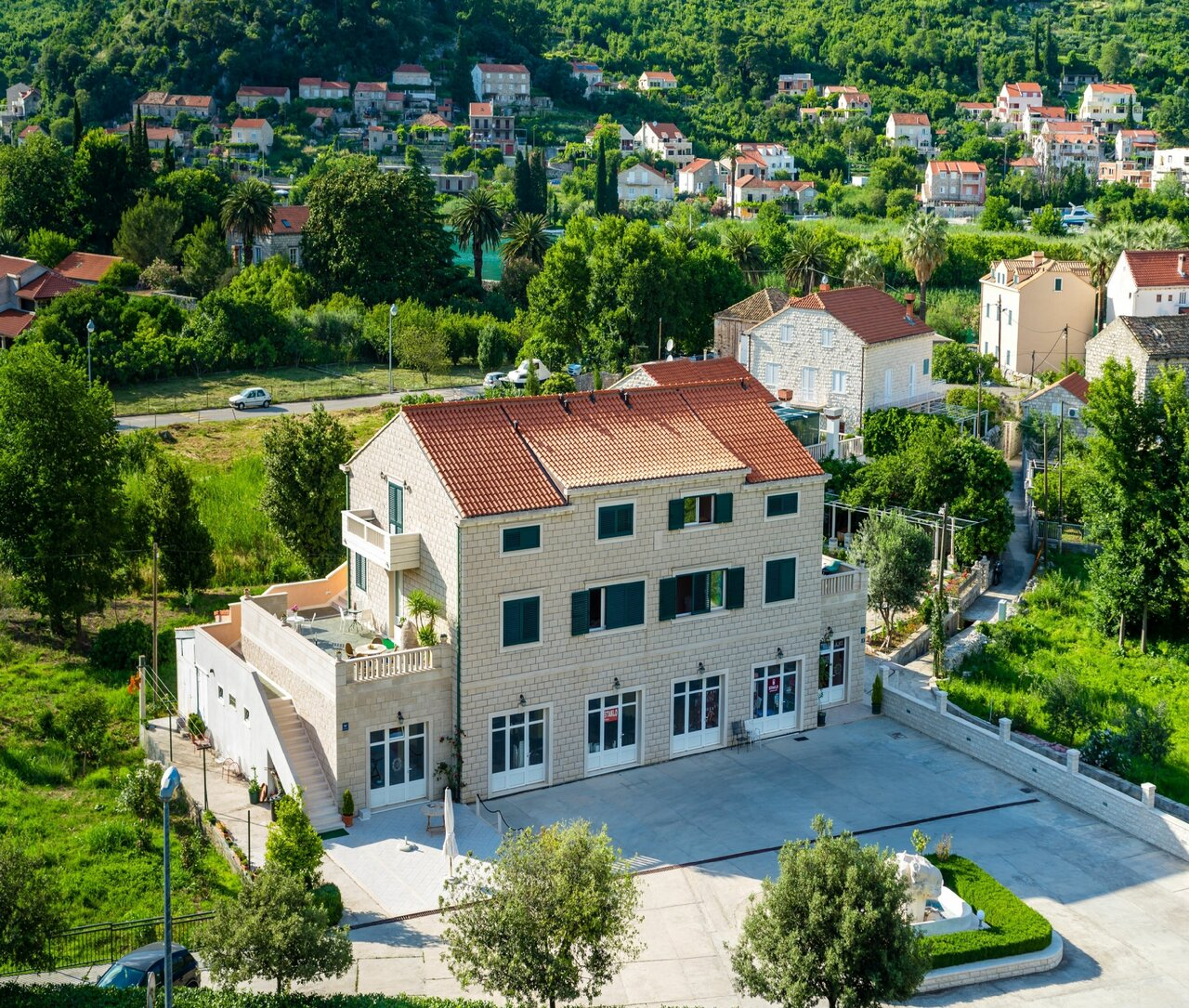 Guest House Dubelj