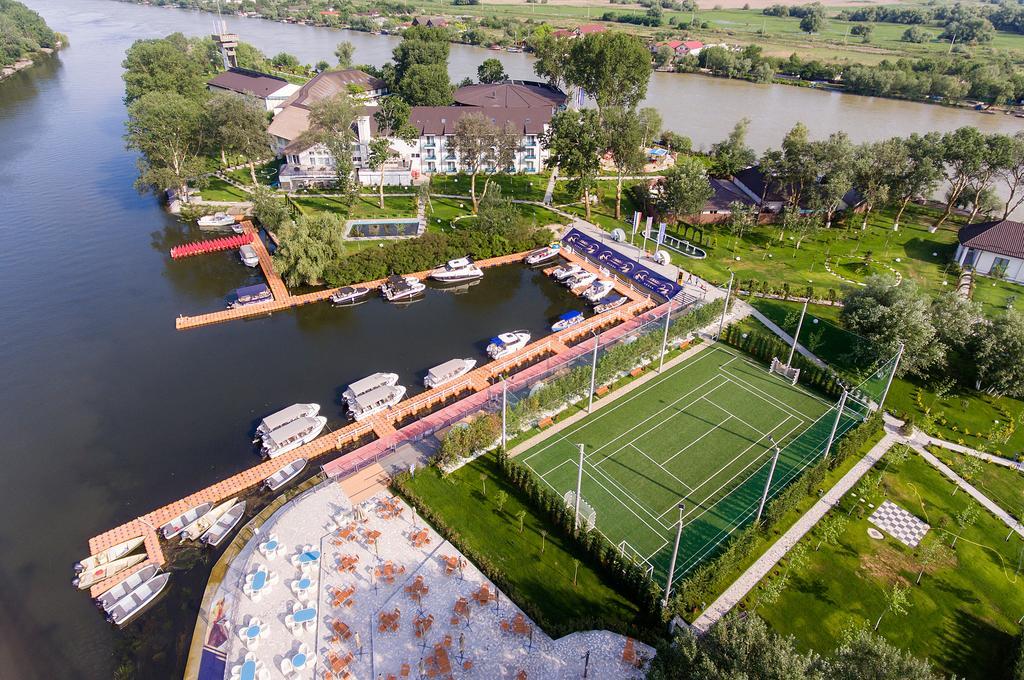 Complex Lebada Luxury Resort