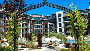Boutique Rose Gardens Beach & SPA Hotel
