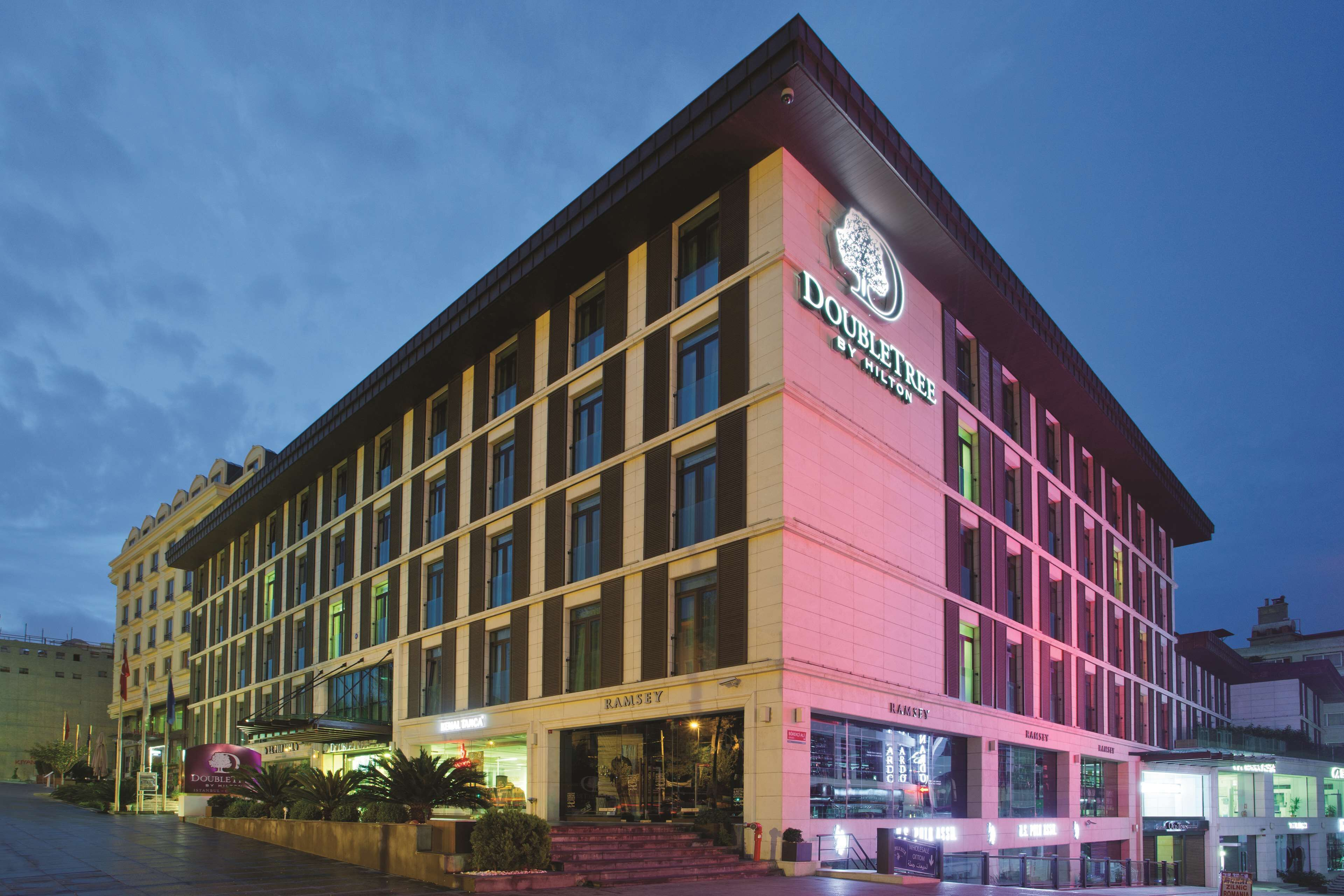 Doubletree By Hilton Old Town