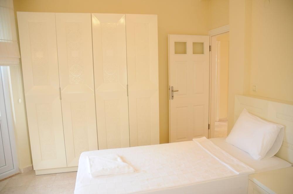 Gold City 3 Bedroom Villa 1
