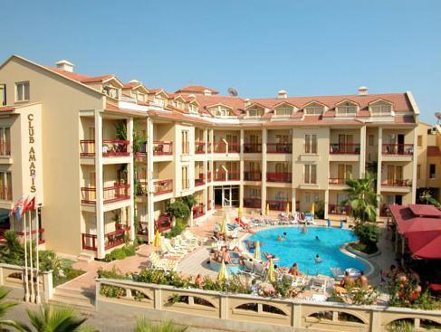 Club Amaris Apartments