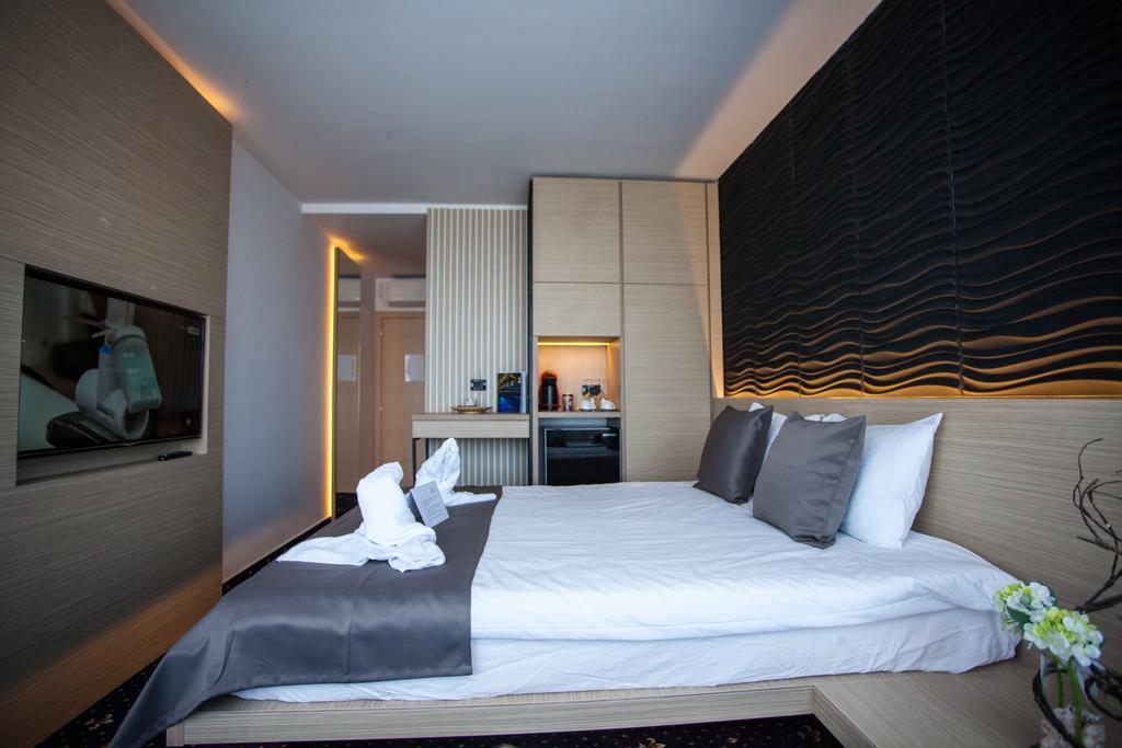 Minivacanta la AQVATONIC BALNEO SPA&HOTEL 4*