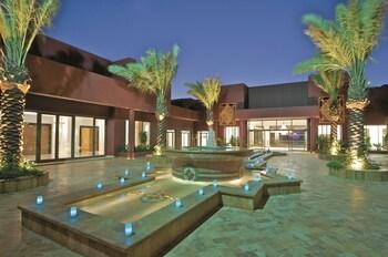 Movenpick Resort & Spa Tala Bay