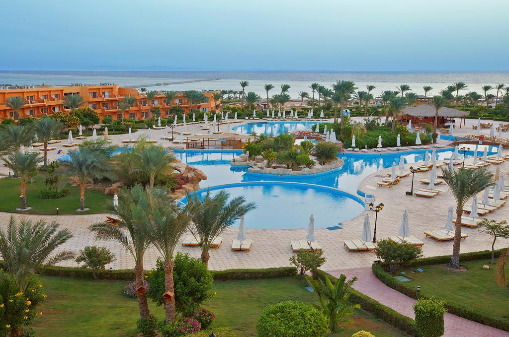 AMWAJ OYOUN RESORT & CASINO