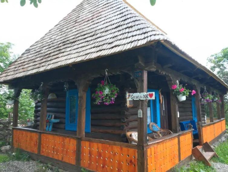 Casa cu Dor