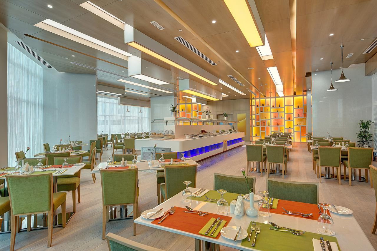 Hotel Al Khoory Atrium