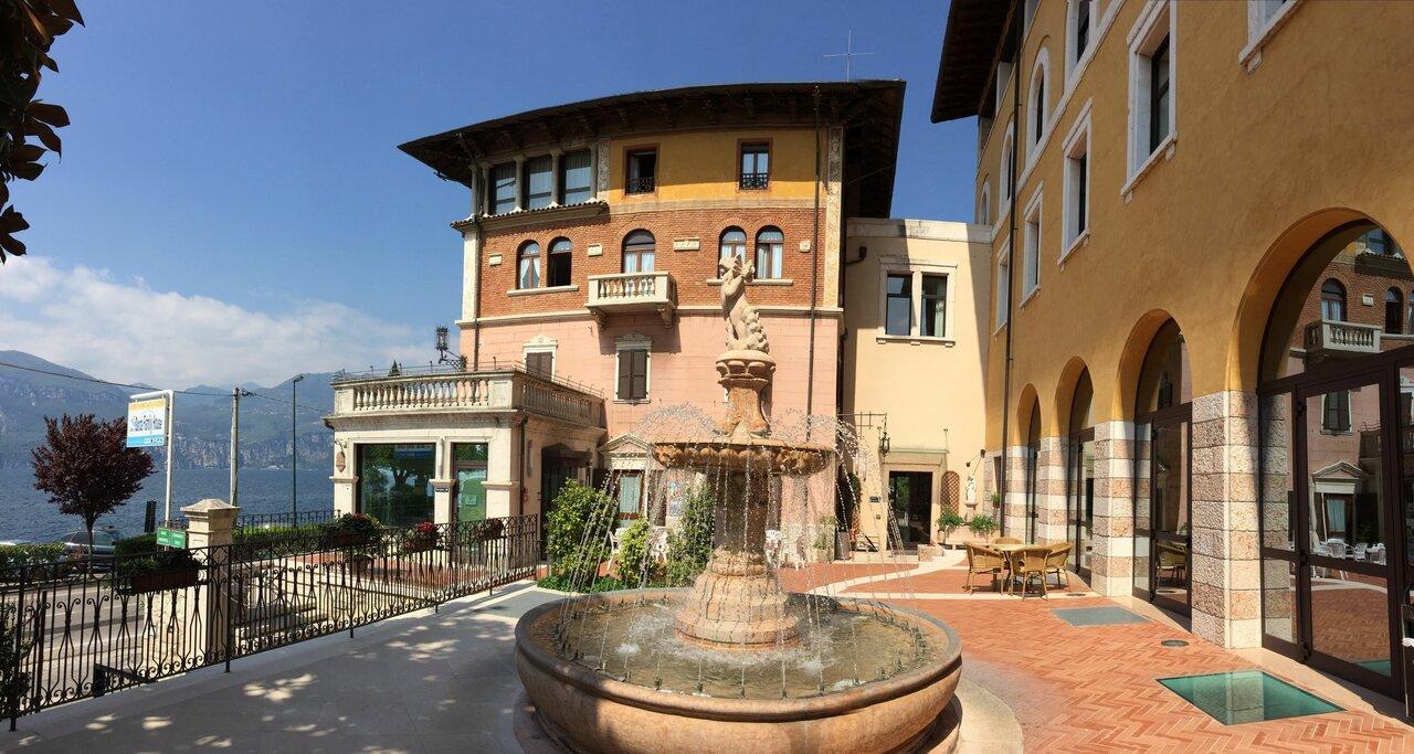 Garda Family House