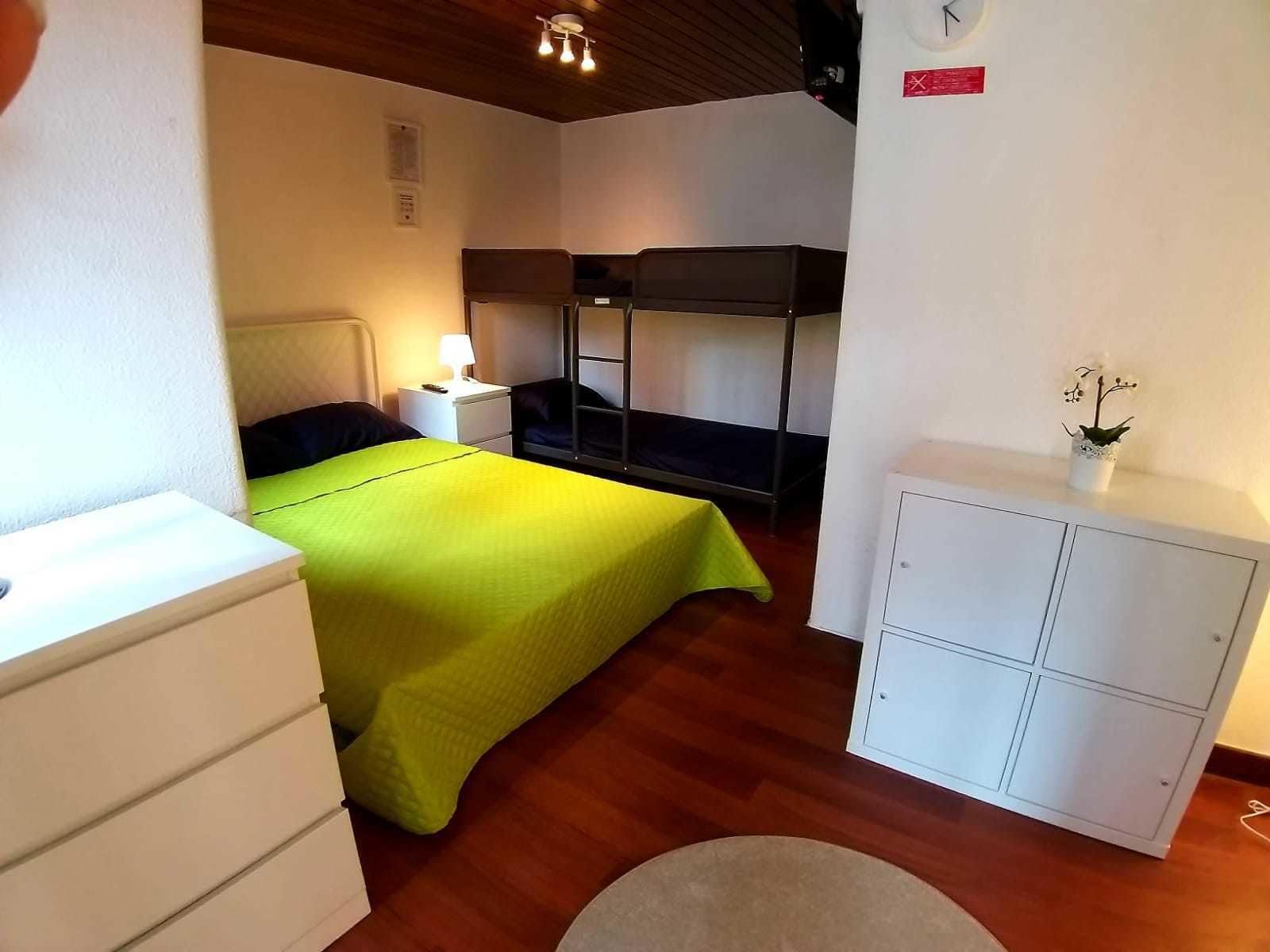 Theorynomad Al Lisboa Hostel