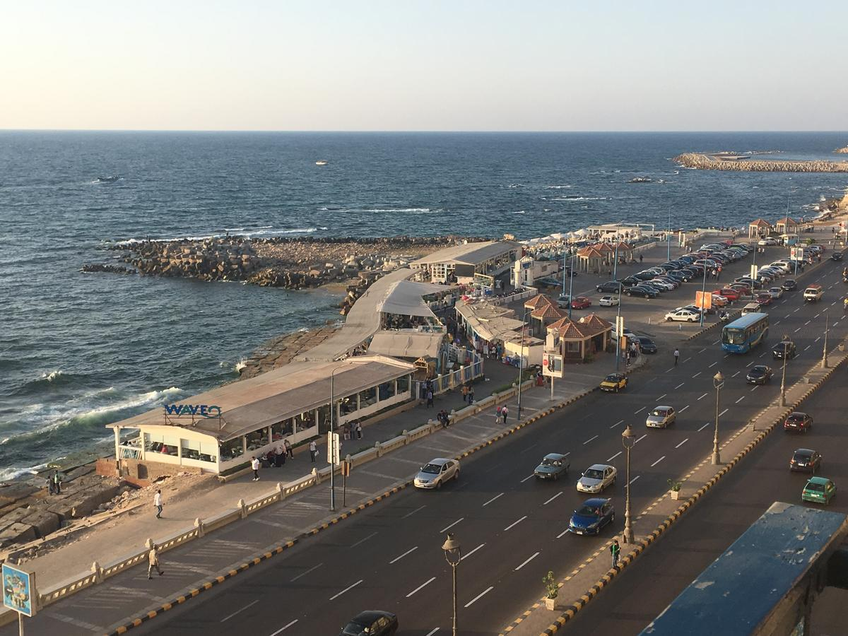Sporting Sea View Two Bedroom Appartement