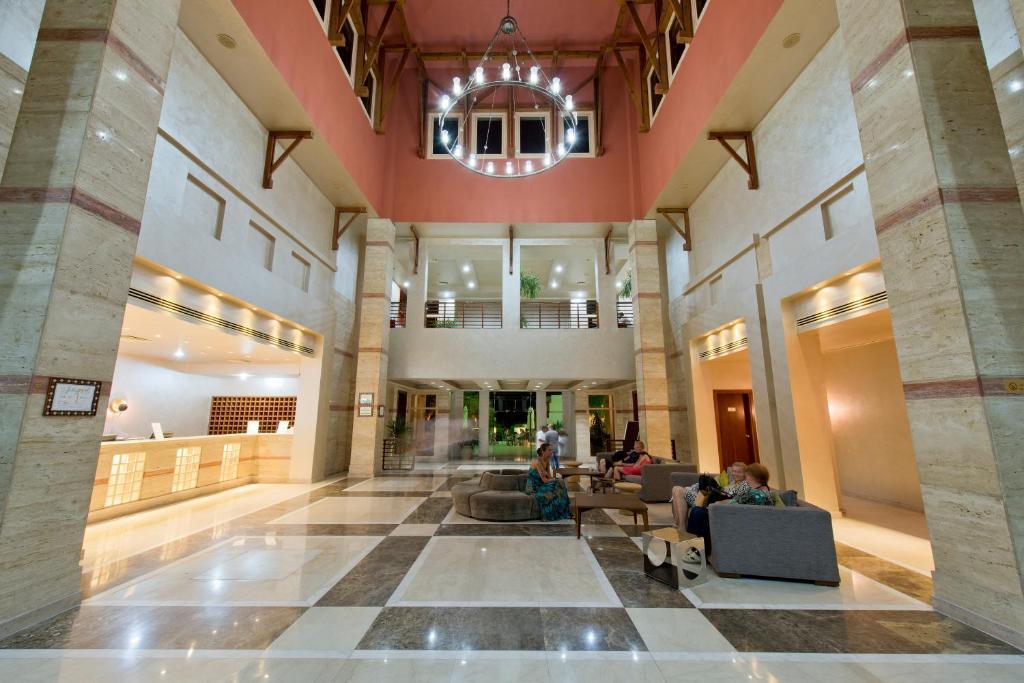 AMPHORAS BLU HOTEL