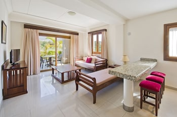 Marylanza Suites And Spa
