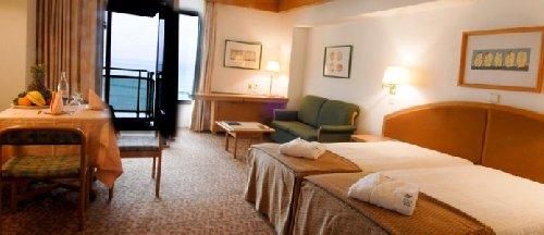 Hotel/ Apt Estoril Eden
