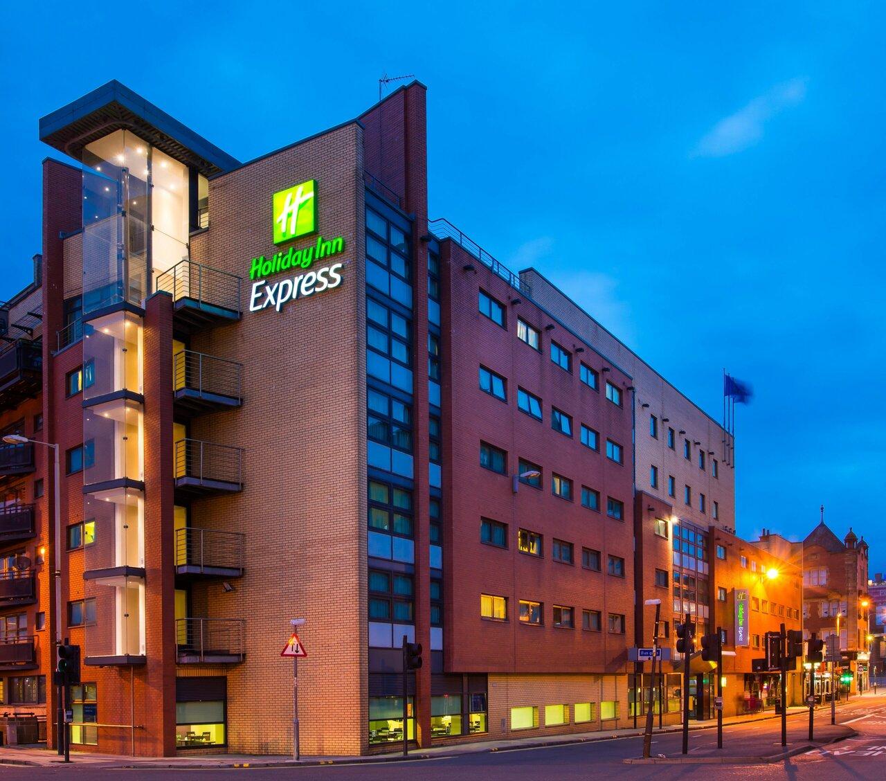 Holiday Inn Express City Centre Riverside