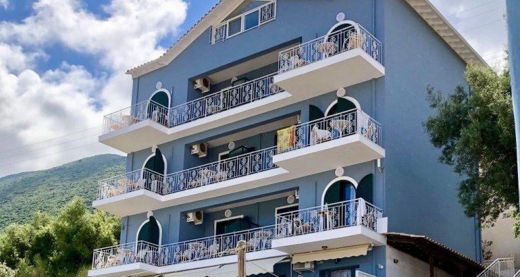 Ponti Beach Hotel