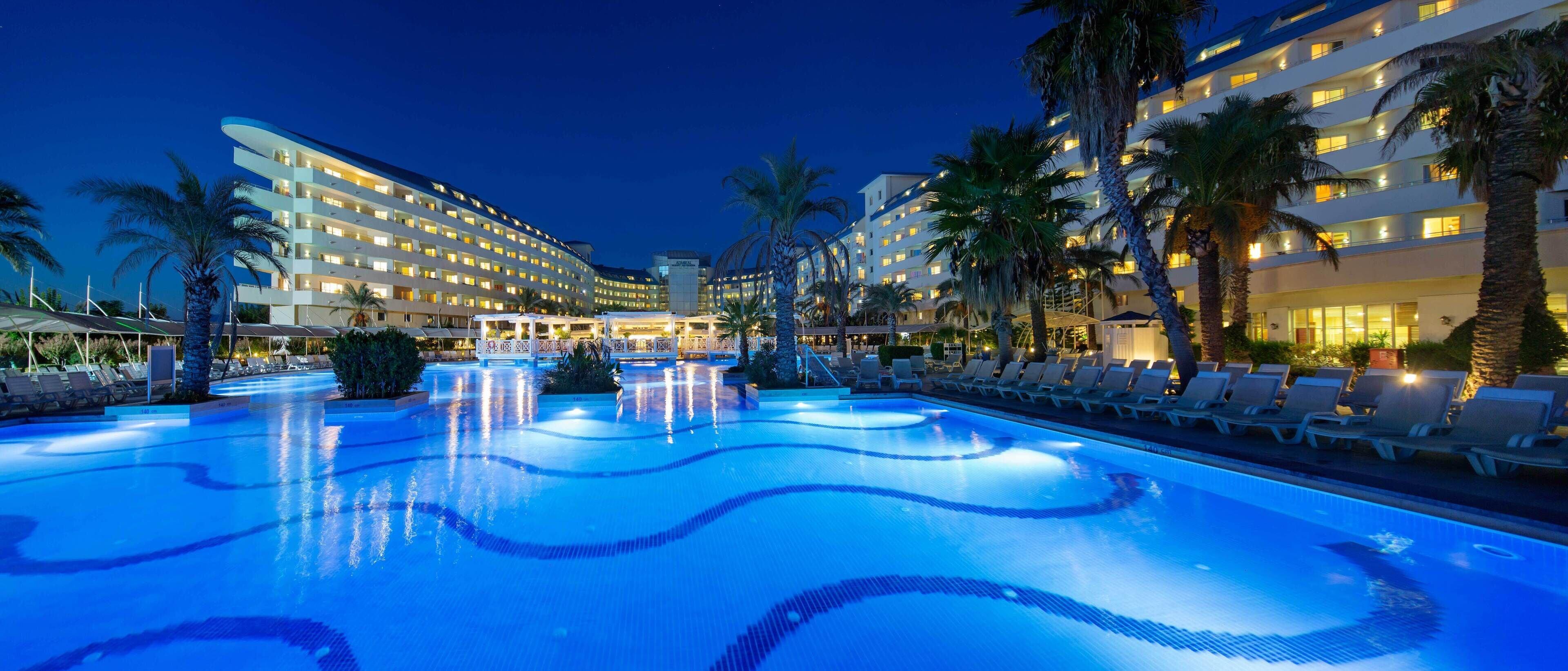 Crystal Admiral Resort And Spa