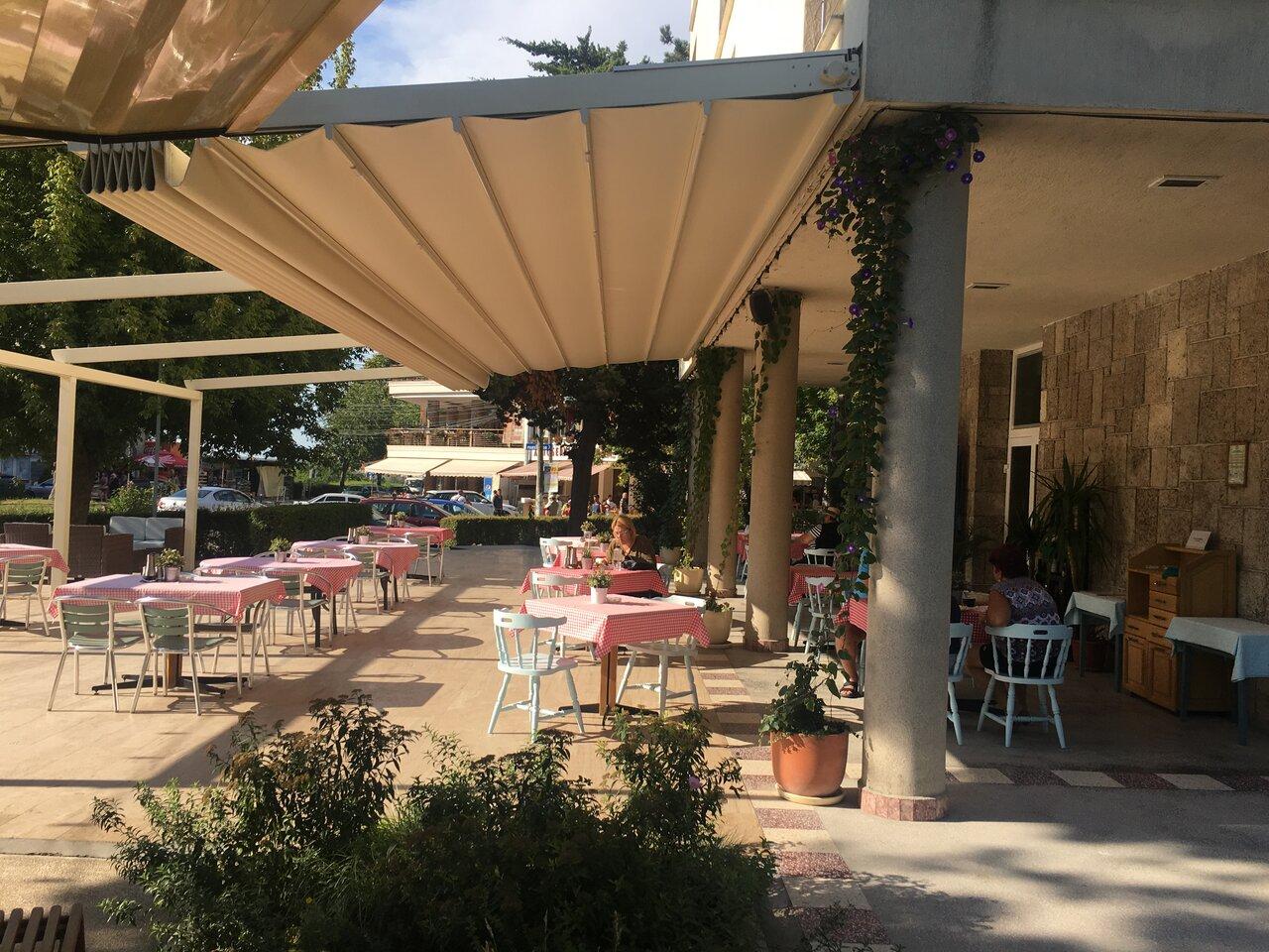 HOTEL CARMEN - Pensiune Completa- 5 nopti